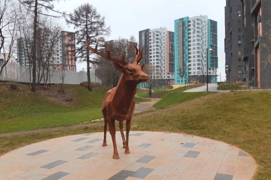 Скульптура «Хранитель места» ЖК «Скандинавия»