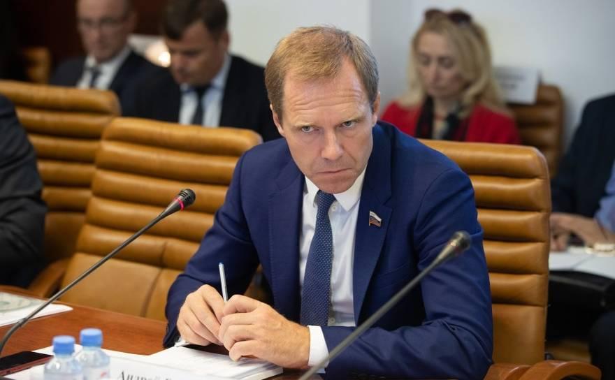 Председатель Комитета Совета Федерации по экономической политике Андрей Кутепов