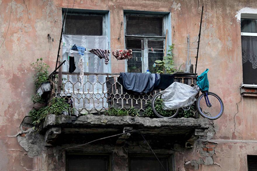 Переселенцам из ветхого жилья предусмотрели более 500 млрд рублей. Эксперты не сомневаются, что деньги «потеряются»