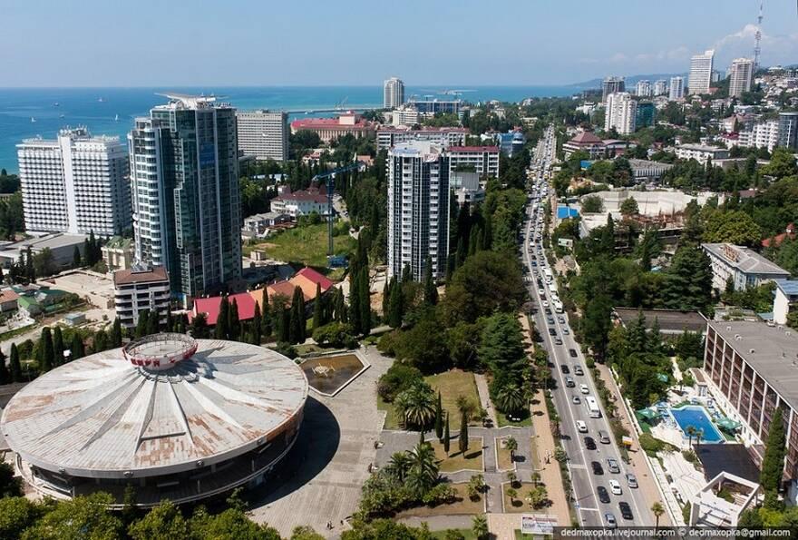 Жители вложили 369 млн рублей в строительство сочинской многоэтажки от «липового» застройщика