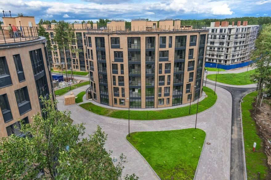 Эксперты рассказали почему средний «квадрат» апартаментов стоит выше чем кв. метр жилья, но общая стоимость лота все равно дешевле