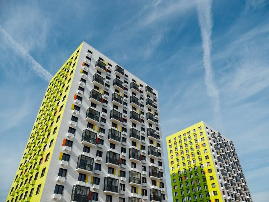 В июне продажа жилья в России восстановилась до мартовских значений