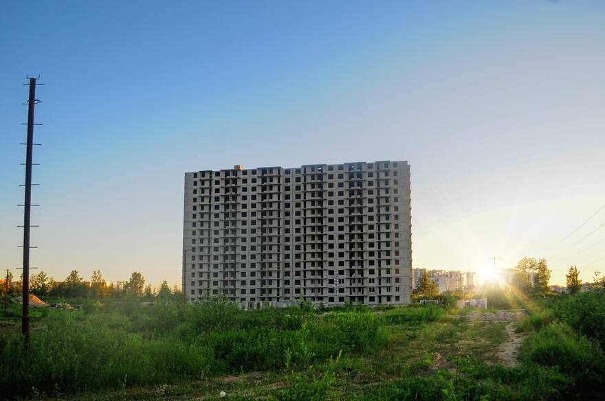Дрозденко выделил компенсационные земли ГК «ПИК» за завершение долгостроя ЖК «Галактика»