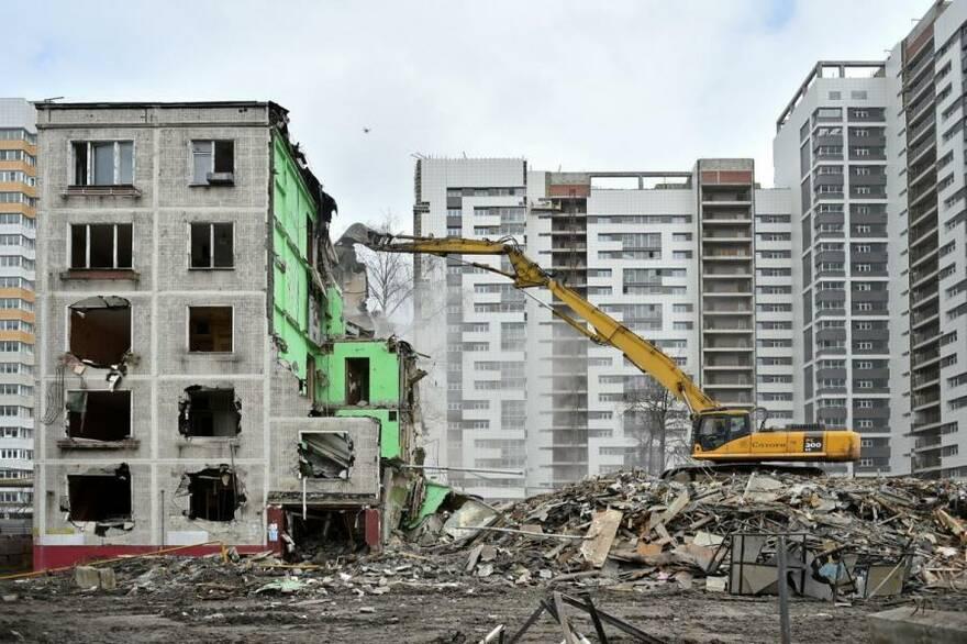 Региональная реновация: «военная операция» или надежда на современное жильё?