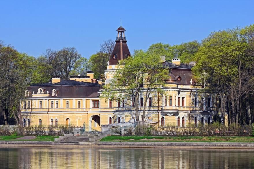 Госдачу Сталина в Петербурге приспособили под апарт-комплекс
