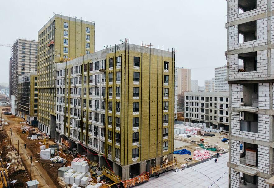 Ожидаемый локдаун за рубежом может оставить российские стройки без материалов, а рынок жилья без нового предложения