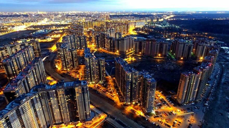 В Петербурге и Ленобласти становится меньше нового жилья
