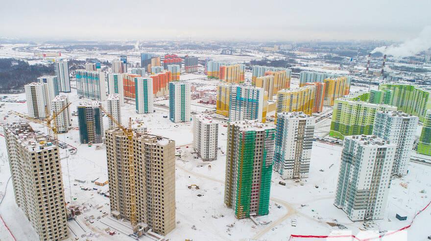 Чиновники готовы принести в жертву скверы и исторические здания ради строительства нового жилья в Петербурге