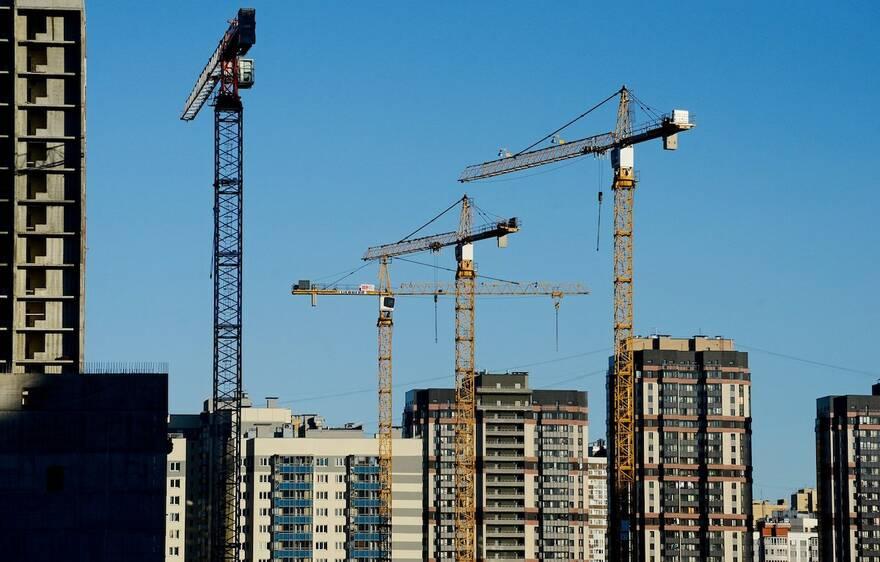Россию ожидает период застоя: рост экономики и строительные рекорды в ближайшее десятилетие отменяются