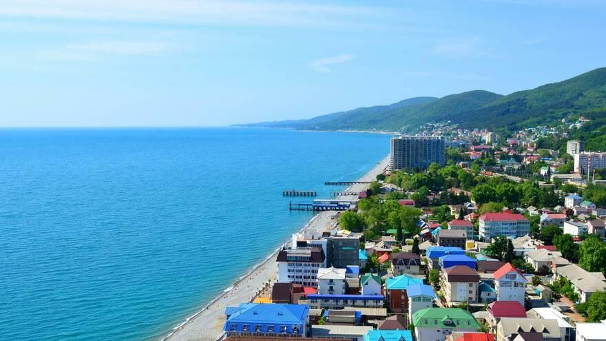 Не оставили выбора: в 14 раз взлетел спрос на отдых у российского черноморского побережья