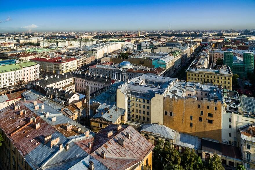 10 метров, зато свои: где в Петербурге купить самую маленькую квартиру на вторичке