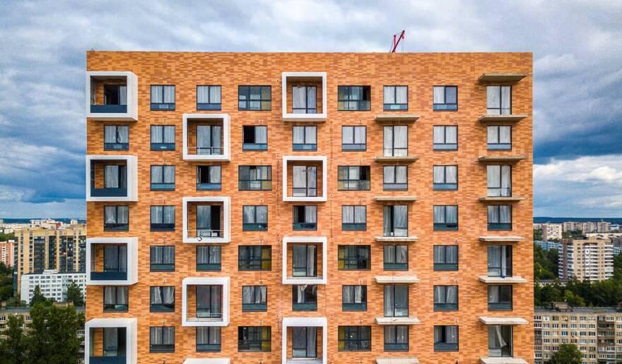 Люди скупают жилье в Петербурге под бОльшие займы. Движет ими страх за свои сбережения, отмечает эксперт