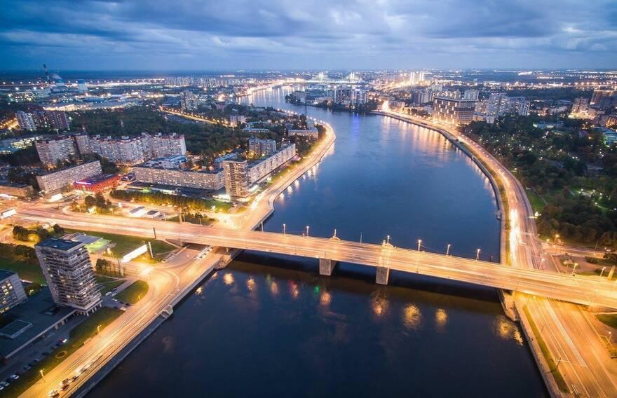 Парк у Володарского моста хотят застроить жильем