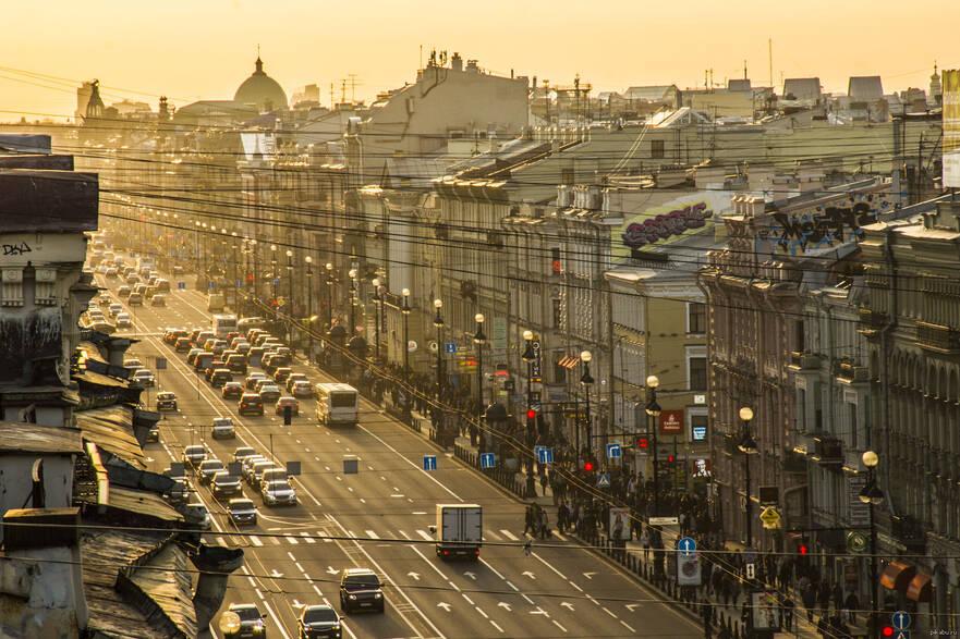 Эксперт рассказал, как быстро будут падать цены на жилье в Петербурге